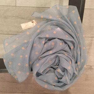 AMICHI scarf in blue with beige polka dots